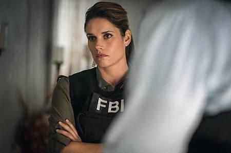 FBI 2×6 (10).jpg