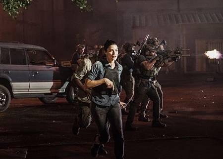 SEAL Team 3x06-04.jpeg