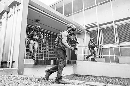 SEAL Team 3x06-12.jpeg