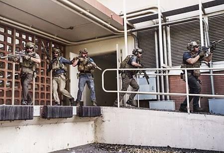 SEAL Team 3x06-16.jpeg