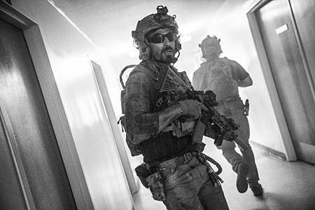 SEAL Team 3x06-19.jpeg