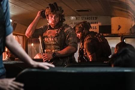 SEAL Team 3x06-25.jpeg