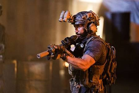 SEAL Team 3x06-26.jpeg