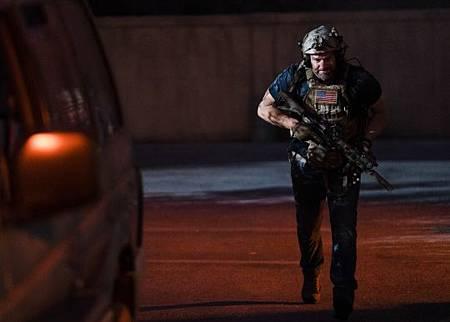 SEAL Team 3x06-41.jpeg