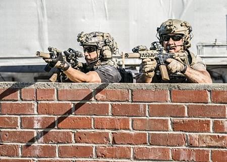 SEAL Team 3x06-42.jpeg