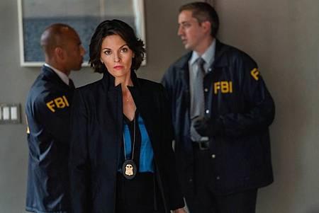 FBI 2×7 (13).jpg