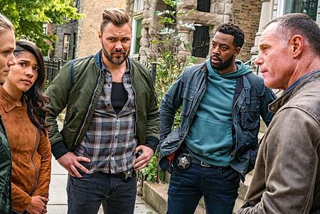 Chicago PD 7×9 (1).jpg
