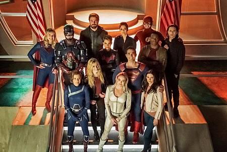 Supergirl 5×9 (12).jpg