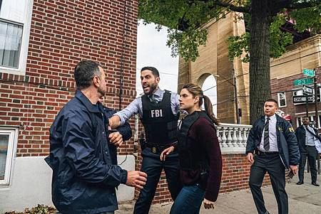 FBI 2×9 (10).jpg