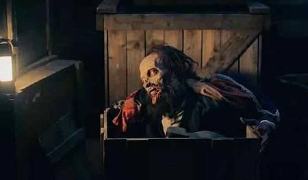 Dracula S01(6).jpg