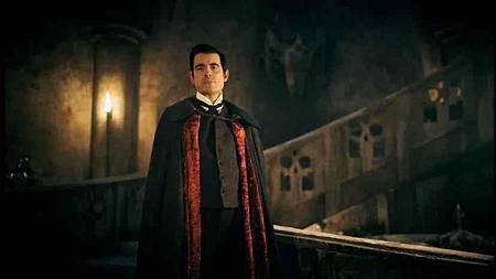 Dracula S01(7).jpg