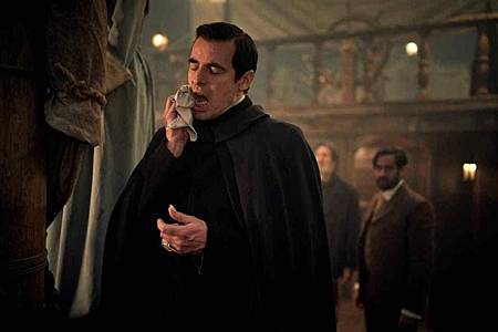 Dracula S01(12).jpg