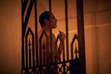 Dracula S01(21).jpg