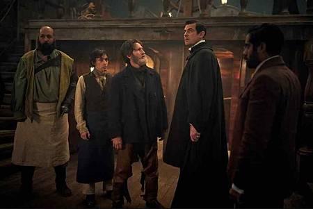 Dracula S01(22).jpg