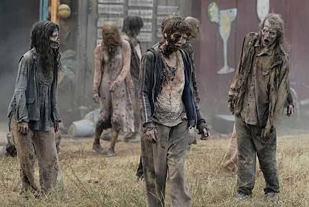 The Walking Dead World Beyond S01 (11).jpg