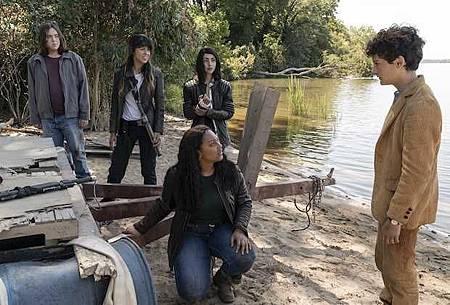 The Walking Dead World Beyond S01 (9).jpg