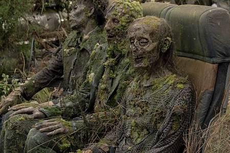 The Walking Dead World Beyond S01 (15).jpg