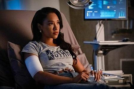 The Flash 6×10 (2).jpg