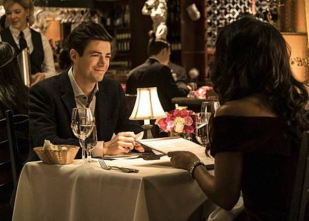 The Flash 6×11 (5).jpg