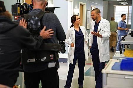 Grey's Anatomy 16×14 (2).jpg