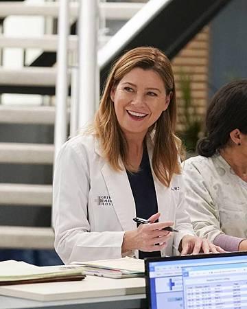 Grey's Anatomy 16×14 (10).jpg