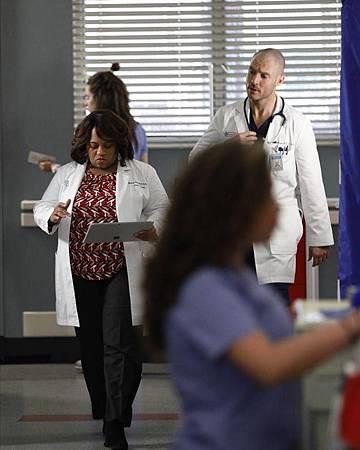 Grey's Anatomy 16×14 (20).jpg