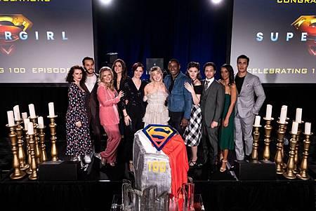 Supergirl 100TH (2).jpg