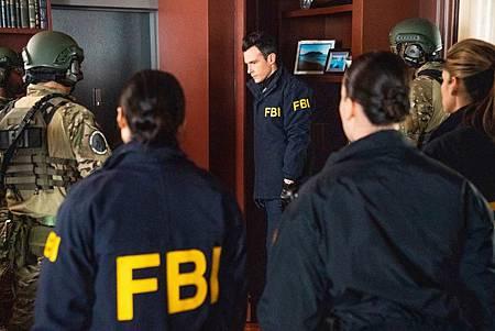 FBI 2×16 (11).jpg