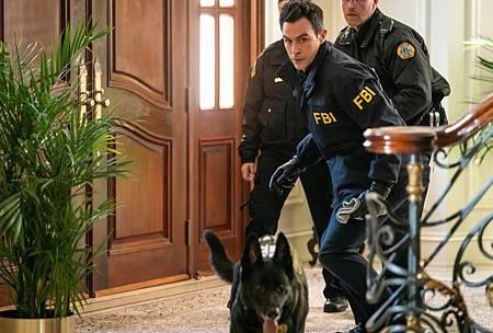 FBI 2×16 (7).jpg
