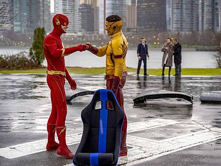 The Flash 6×14 (6).jpg