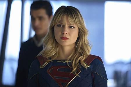 Supergirl 5×14 (5).jpg