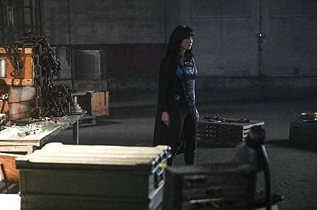 Supergirl 5×16 (8).jpg