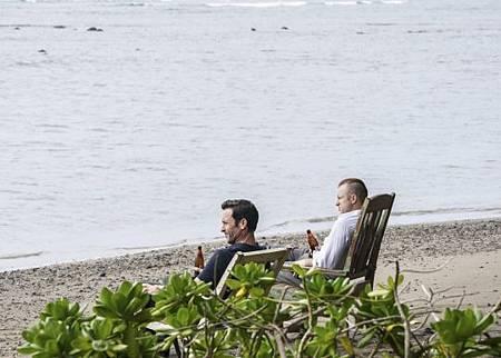 Hawaii Five-O 10x21-01.jpg