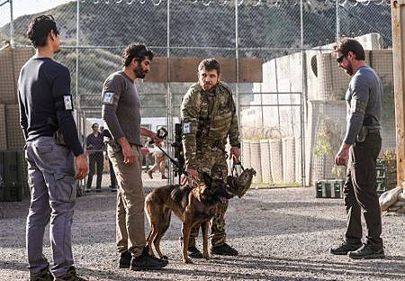SEAL Team 3X17-31.jpg