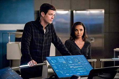The Flash 6×17 (6).jpg