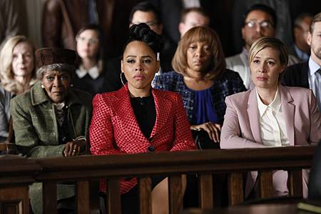How to Get Away With Murder 6×15 (1).jpg