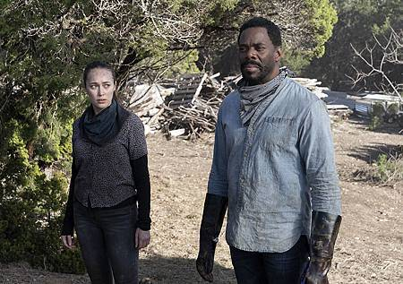 Fear The Walking Dead S6 (3).jpg
