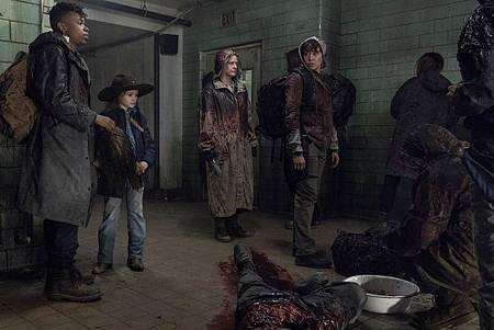 The Walking Dead 10×16 (1).jpg