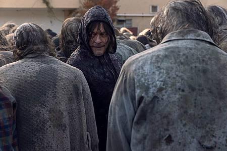 The Walking Dead 10×16 (3).jpg