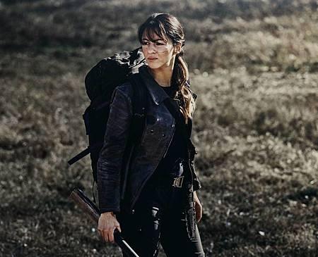 The Walking Dead World Beyond Promotional Cast Photos (4).jpg