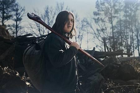 The Walking Dead World Beyond Promotional Cast Photos (3).jpg
