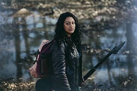 The Walking Dead World Beyond Promotional Cast Photos (1).jpg