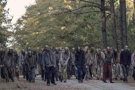 The Walking Dead 10×16 (25).jpg
