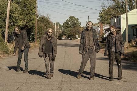The Walking Dead World Beyond 1×1 (6).jpg
