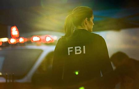 FBI 3×1 (14).jpg