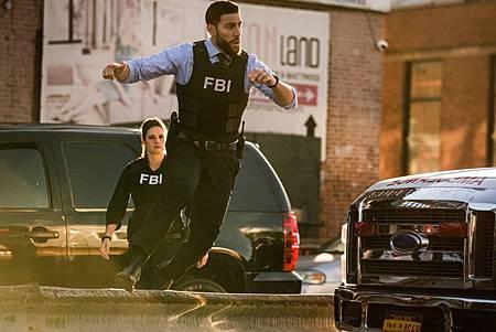 FBI 3×1 (13).jpg