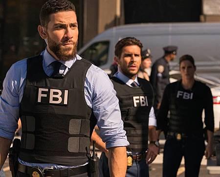 FBI 3×1 (17).jpg
