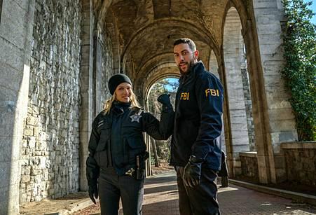 FBI Chicago PD Crossover.jpg