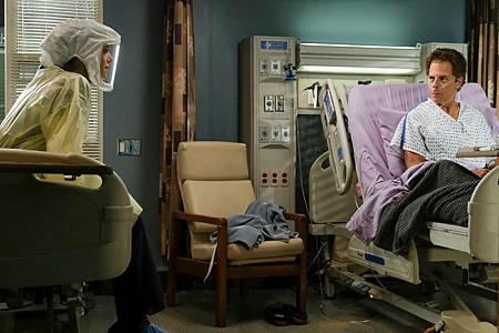 Grey's Anatomy 17×7 (19).jpg