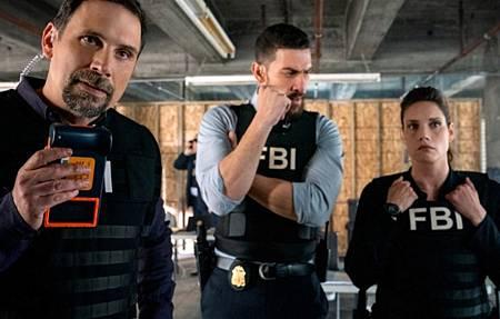 FBI 3x12-03.jpg
